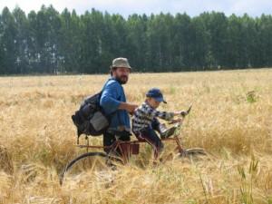 Павел Андрюков с сыном