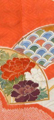 Фрагмент фурисодэ (тканый рисунок, вышивка, роспись сибори, роспись юдзэн)